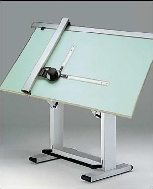 """שולחן שירטוט ידני שהיה נפוץ בקרב שרטטים ומתכננים טרום עידן התיב""""מ"""